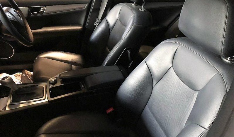 Mercedes C220 CDI Station W204 Blueefficiency de 2010 para peças completo