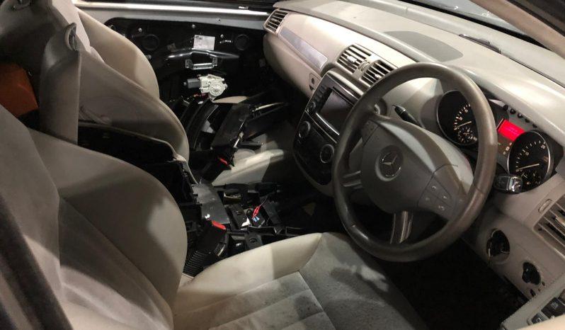 Mercedes (W251) R320 CDI V6 4-Matic de 2009 para peças completo