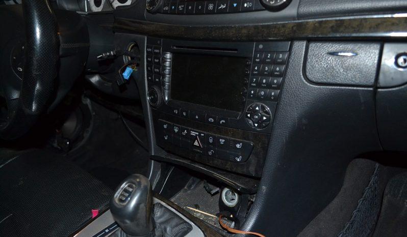 Mercedes E400 CDI V8 de 2003 W211 para peças completo