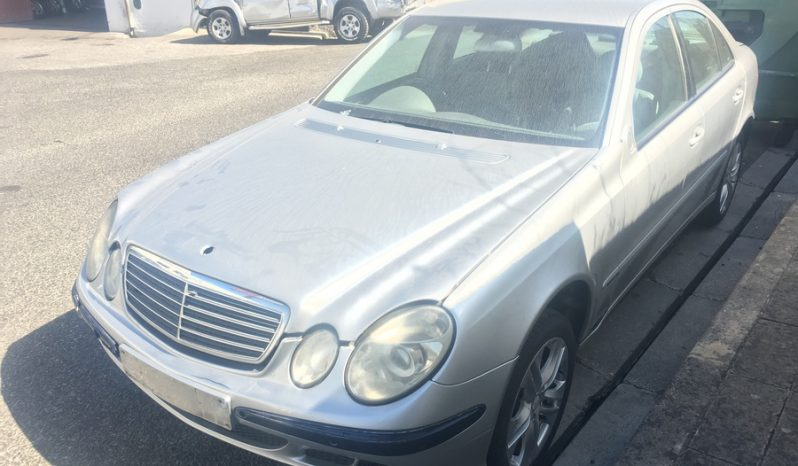 Mercedes E220 CDI W211 de 2002 para peças completo