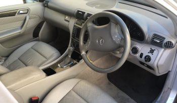 Mercedes C220 Cdi Aut. de 2006 W203 para peças completo