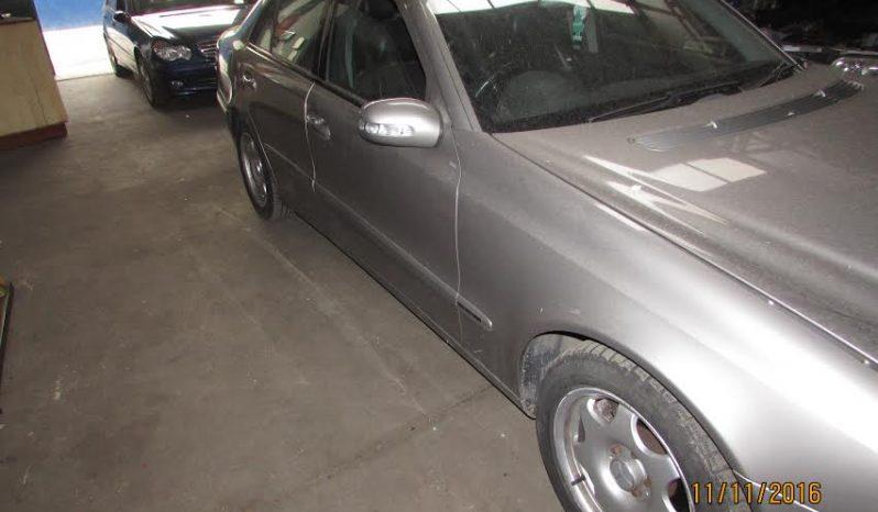 Mercedes E220 CDI de 2003 w211 para peças completo